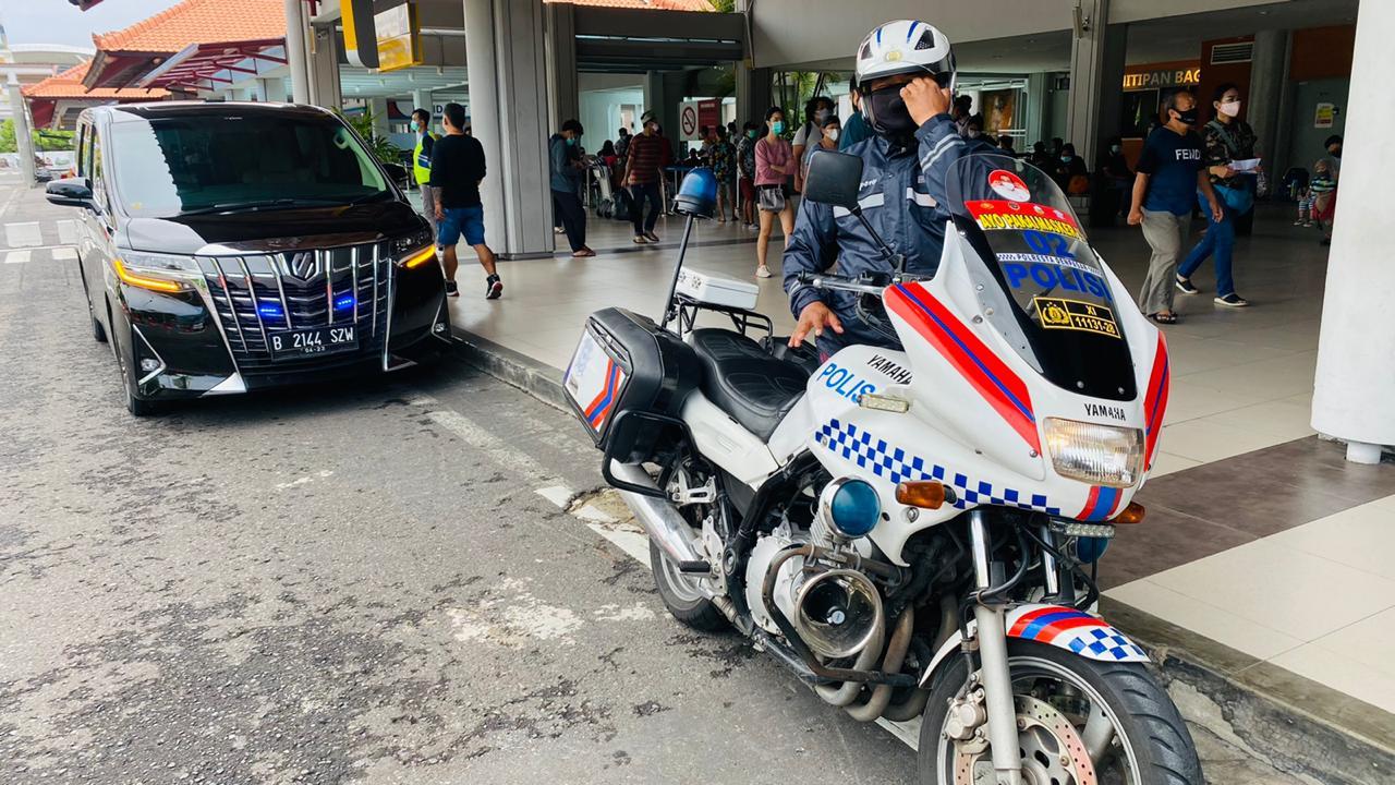 Sewa Pengawalan di Bali Tersedia  Mobil & Patwal Motor